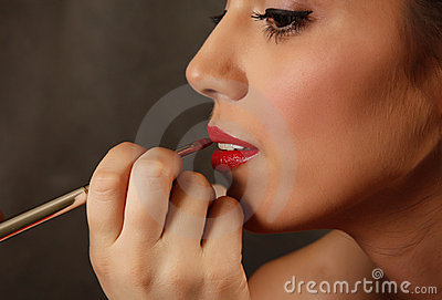 Brush for lips