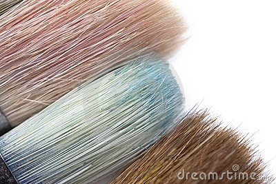 Brush tips with color residue