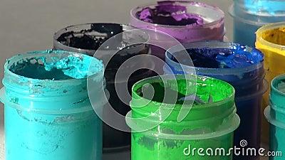 brusher Акриловая краска гуаши Домашняя работа, художник работает видеоматериал
