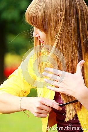 Brushing hairs