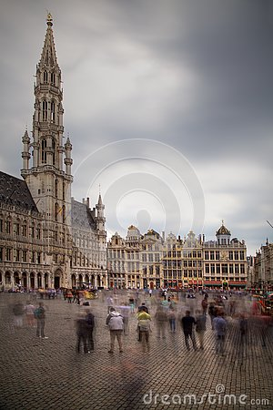 Free Brussels Grand Place With Tourists Stock Images - 149941554
