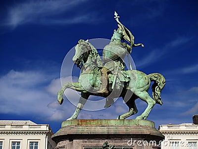 Brussels medieval crusader statue.