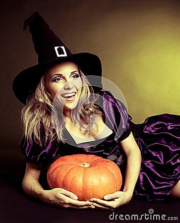 Bruxa feliz