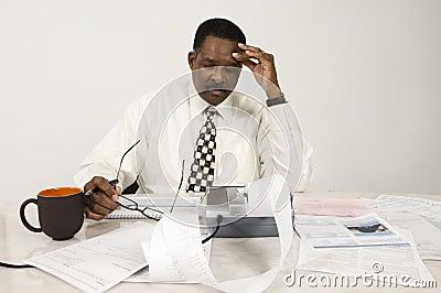 Buchhalter With Expense Receipt und Dokumente