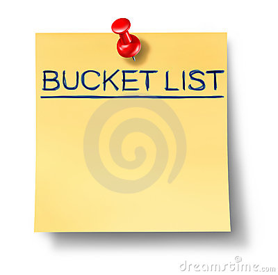 Bucket list text written on a yellow office note