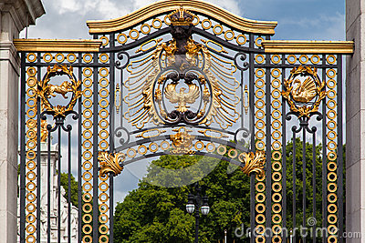 Buckingham Palace Golden Gate London