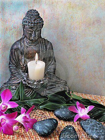 Free Buddha Altar Royalty Free Stock Photo - 2120615
