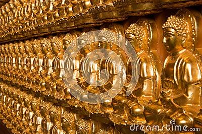 Buddha temple wall in Wat-Leng-Noei-Yi