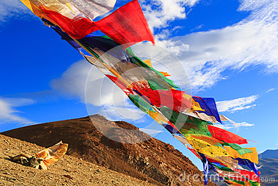 mountain lakes buddhist personals Introductions to sacred mountains in tibet is the sacred mountain and the center of the world tibetan buddhism, bn and jainism it lies near lake.