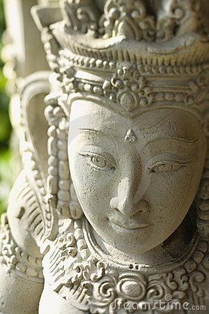 Free Buddhist Statue Of Kuan Yin Royalty Free Stock Photo - 12747645