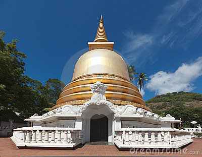 Buddhist stupa in Golden Temple, Sri Lanka