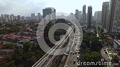 Budowa jednoszynowy system, jednoszynowy linii «17 złoto «, dziennikarza Roberto Marinho aleja, Sao Paulo, Brazylia zbiory wideo