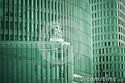 Budynku biura oknem