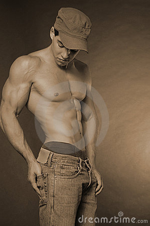 Buff guy with hat
