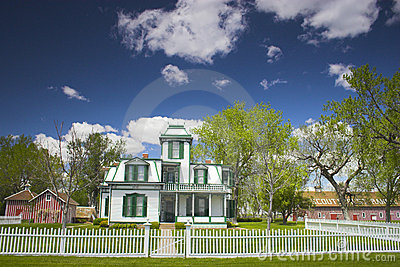 Buffalo Bill Mansion