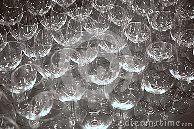 Build an empty wine glasses waiting for bottling beverages for Thin stem wine glasses