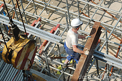 Builder with steel beam