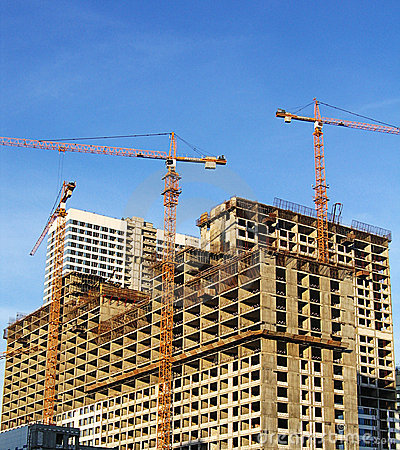 Free Building Crane And New House Royalty Free Stock Image - 2953726