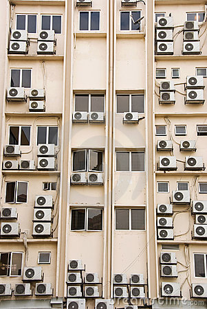 Free Building Full Of Aircon Units Royalty Free Stock Photography - 4894857
