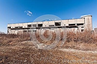 Building  industrial  in degradation