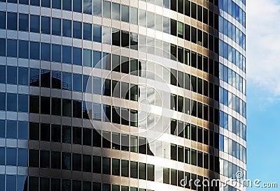 Building mirror facade