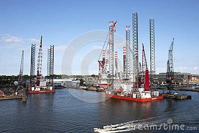 Building Off Shore Platforms Editorial Stock Image