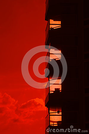 Free Building Silhouette Against A Burning Red Sunset Stock Photos - 28828303