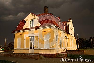 Building (thunder-storm)