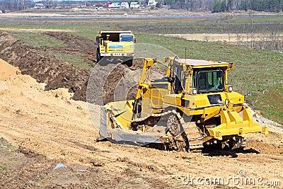 Bulldozer and truck work