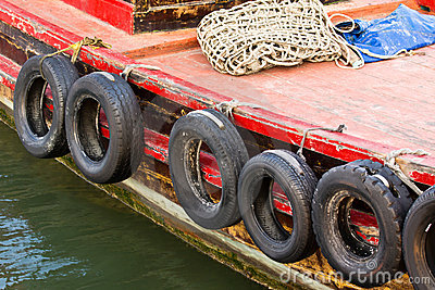 Bumper of fishing boat