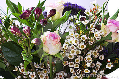 Bunch of flowers with Roses and Alstroemeria