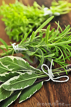Free Bunches Of Fresh Herbs Stock Photo - 6368770