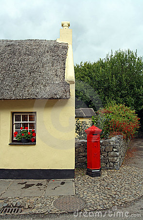 Bunratty Postbox