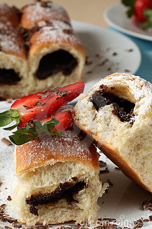 Buns with jam and strawberries