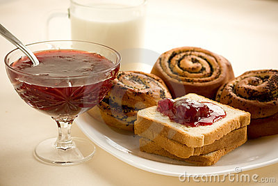 Buns, toast with strawberry jam