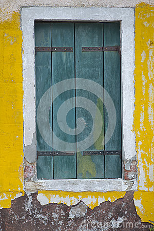 Free Burano Venice Windows Royalty Free Stock Image - 33664586