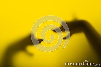 Burattini di mano dell ombra (teste del cane)