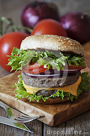 Free Burger Royalty Free Stock Images - 87747399