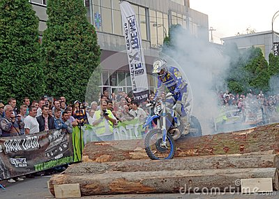 Burn-out d Enduro Image stock éditorial