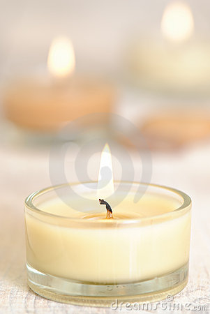 Free Burning Candles Royalty Free Stock Photos - 7295218