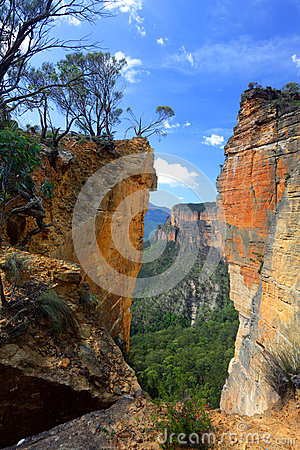 Free Burramoko Head And Hanging Rock In NSW Blue Mountains Australia Stock Photo - 40320810