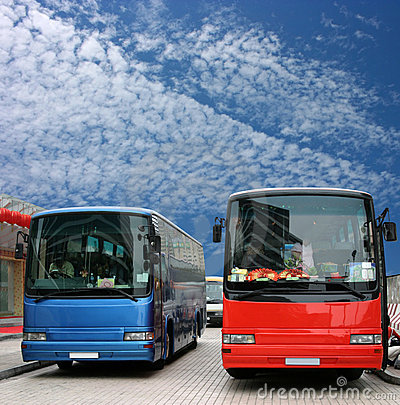 Free Buses Waiting For Passenger Royalty Free Stock Photos - 3301678