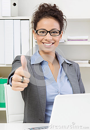 Free Business Lady Thumbs Up Royalty Free Stock Photography - 35736217