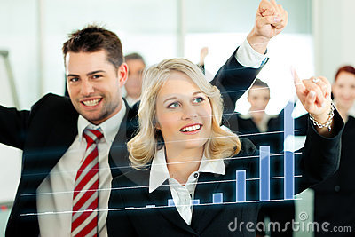 Business - presentation of chart in team