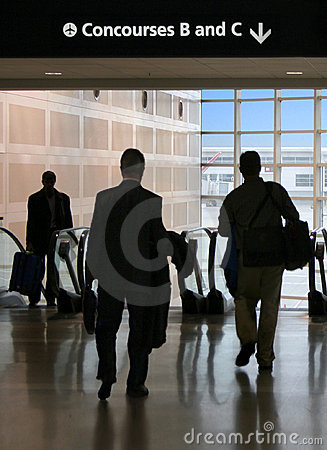 Free Business Travelers On The Move Royalty Free Stock Images - 596159