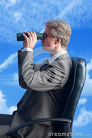 Businessman fieldglasses futur