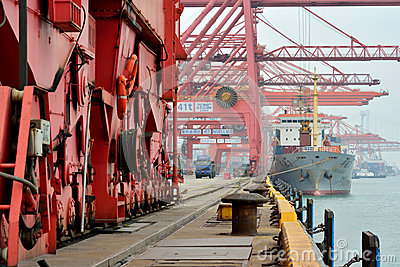Busy dock area in Xiamen, Fujian, China Editorial Image
