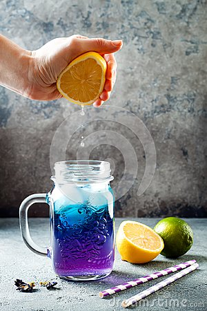 Free Butterfly Pea Flower Blue Iced Tea Or Lemonade. Healthy Detox Herbal Drink. Royalty Free Stock Image - 110927036