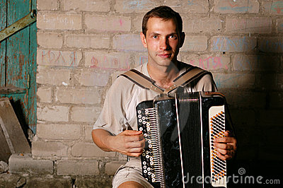 Button accordion player