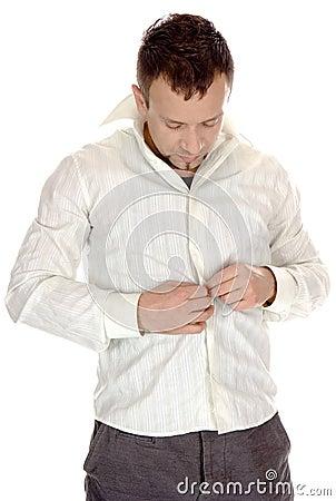 Buttoning-up  white shirt